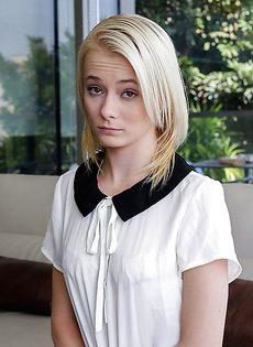 Любвеобильная студентка в черных чулочках - фото #4