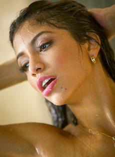 Красивые откровенные фотографии обнаженной милашки - фото #7