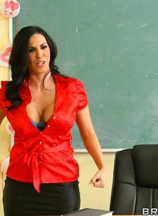 Лысый студент и шикарная преподша занялись классным сексом - фото #2