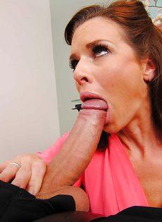 Женщина сделала минет и получила большой стояк во влагалище - фото #2
