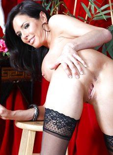 Бабенка Вероника Авлув хочет довести себя до яркого оргазма - фото #15