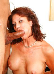 Трахнулась и насладилась спермой полового партнера - фото #11