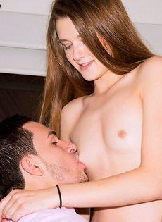 Алекс Мэй - дебют в порно - фото #2
