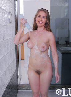 Сексуальная Лена Пол голенькая в душе - фото #12