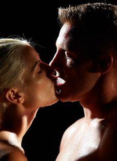 Невероятно красивый оральный секс влюбленных - фото #4