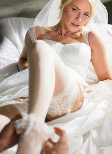 Новобрачные занялись сексом, не дождавшись брачной ночи - фото #7