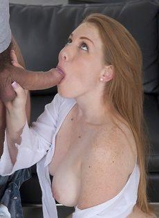 Грудастая Бре Пеоникс обожает отсасывать член и сперму во рту - фото #7