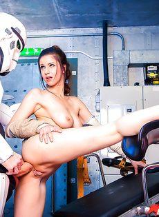 Звездные войны: Stella Cox получает большой член в задний проход - фото #12