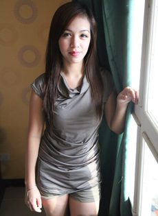 Волосатая узенькая киска симпатичной азиатской молодушки - фото #5
