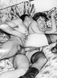 Возбуждающие ретро фото с сексуальными развлечениями - фото #5