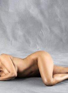 Ким Кардашьян в бикини - 2 - фото #17