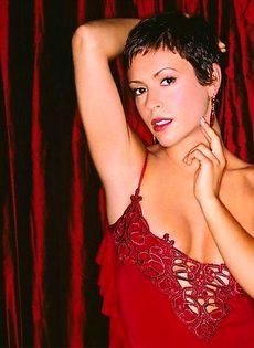 Сексуальные фото Алиссы Милано (Alyssa Milano) - фото #12