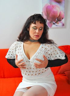 Пикапер довел до оргазма зрелую широкозадую брюнетку - фото #2