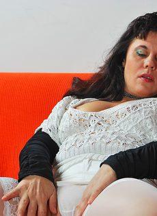 Пикапер довел до оргазма зрелую широкозадую брюнетку - фото #6
