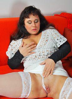 Пикапер довел до оргазма зрелую широкозадую брюнетку - фото #11