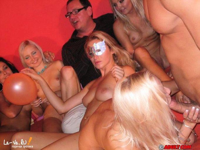 порно в клубе онлайн фото