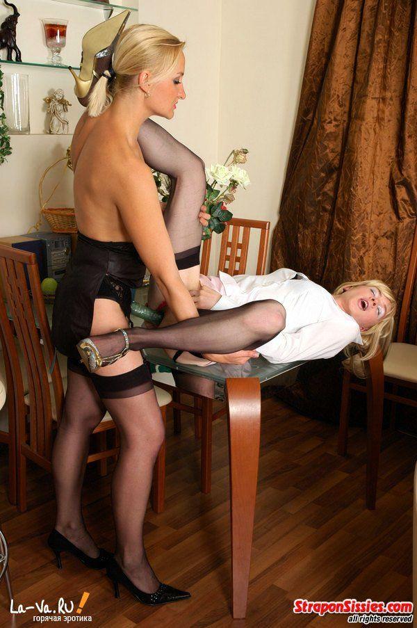 Переодет в женщину и трахнут как женщина - фото #19
