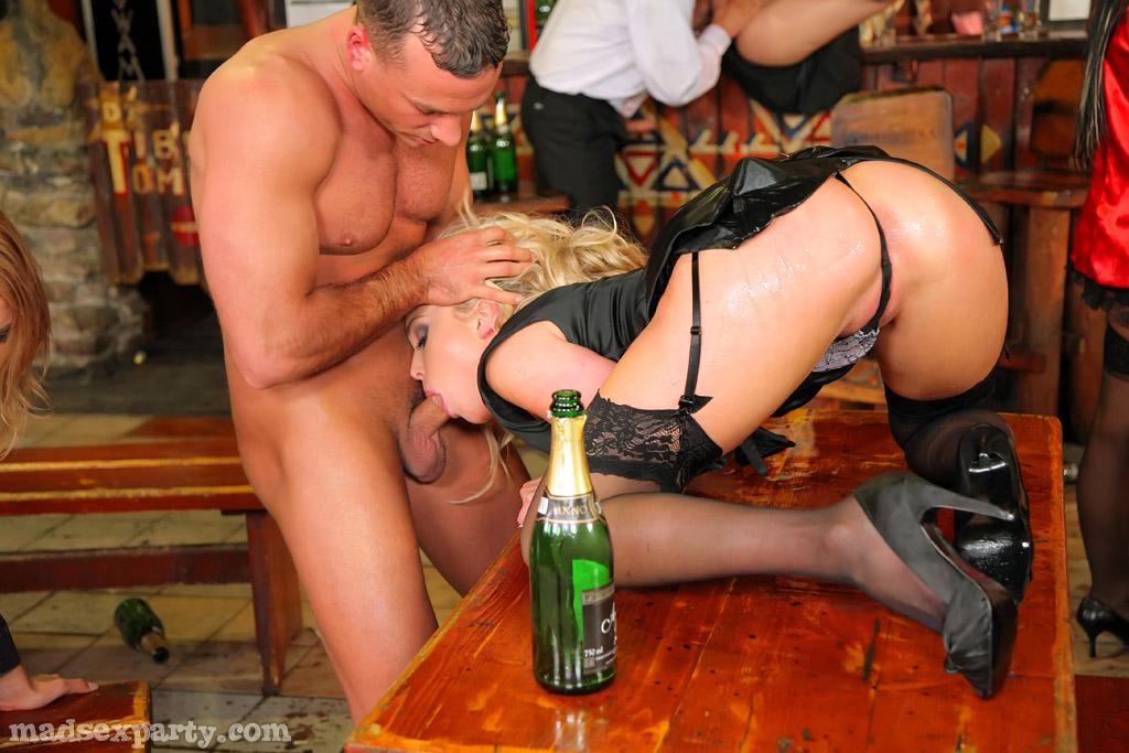 Смотреть Короткое Порно С Пьяными