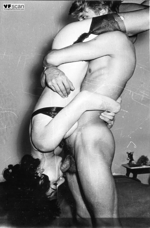 Возбуждающие ретро фото с сексуальными развлечениями