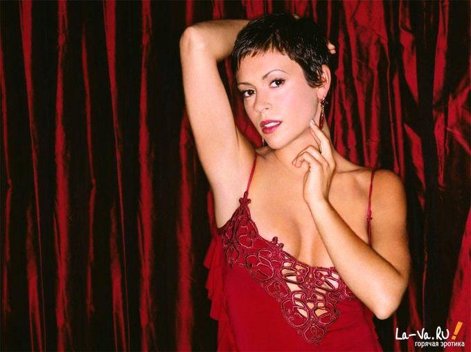 Сексуальные фото Алиссы Милано (Alyssa Milano)