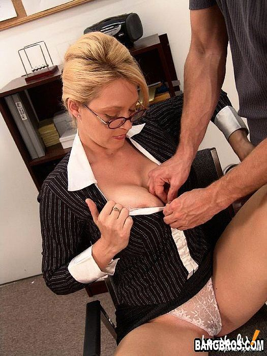 Secretary Nylons