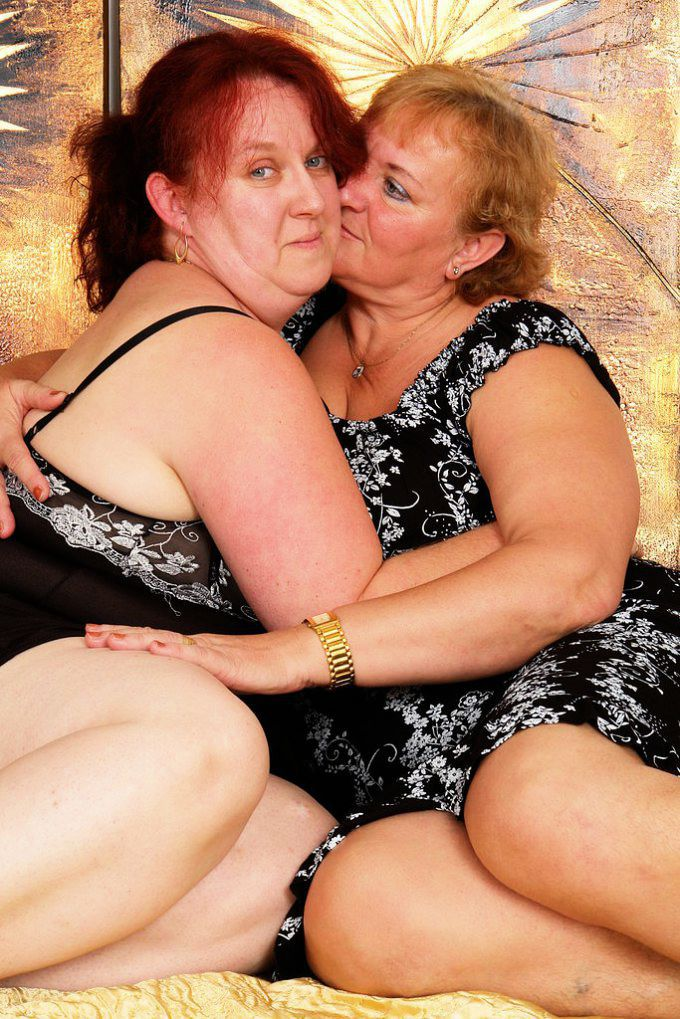 smotret-lesbiyanok-v-vozraste