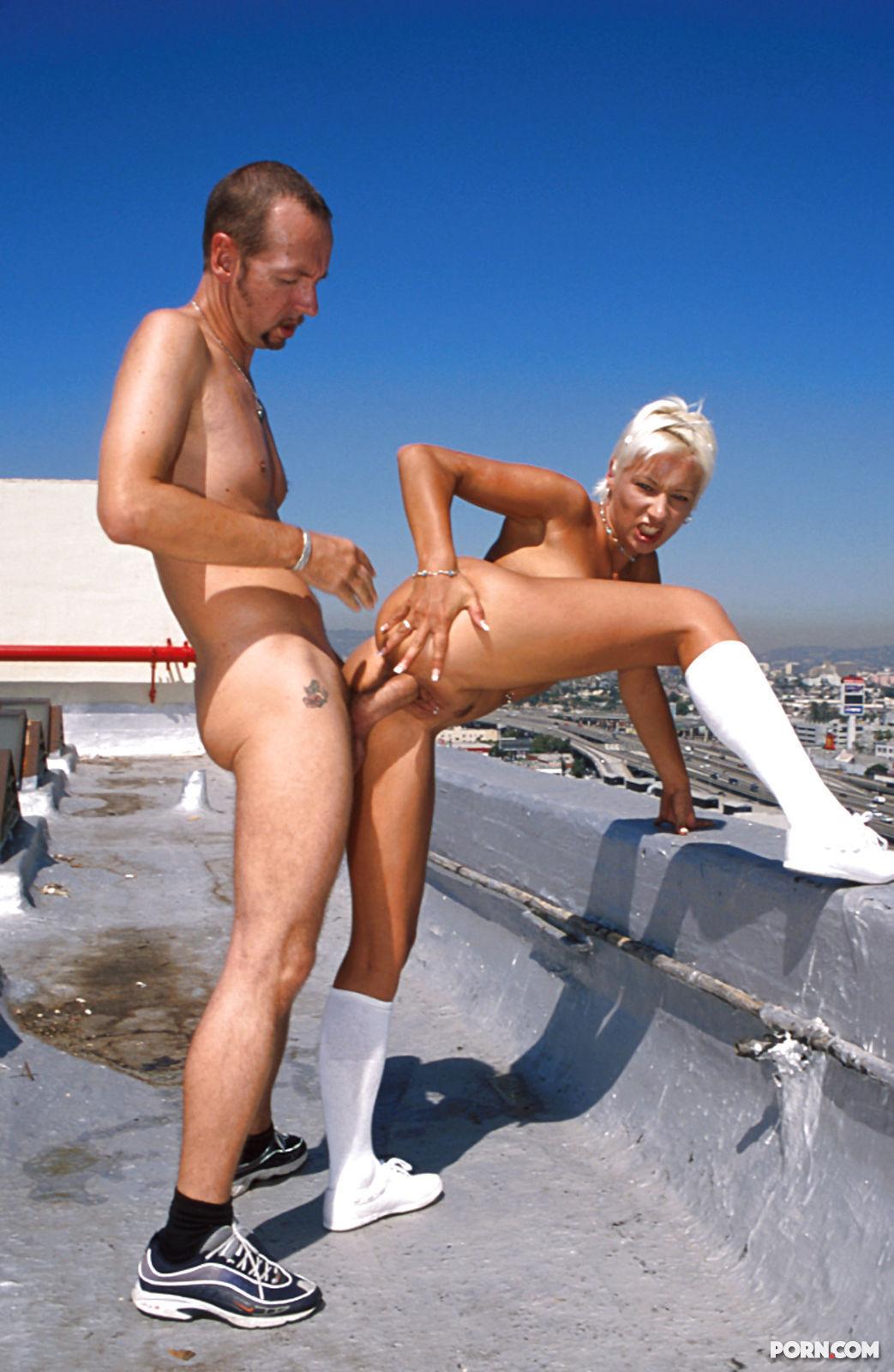 Секс на корыше 5 фотография