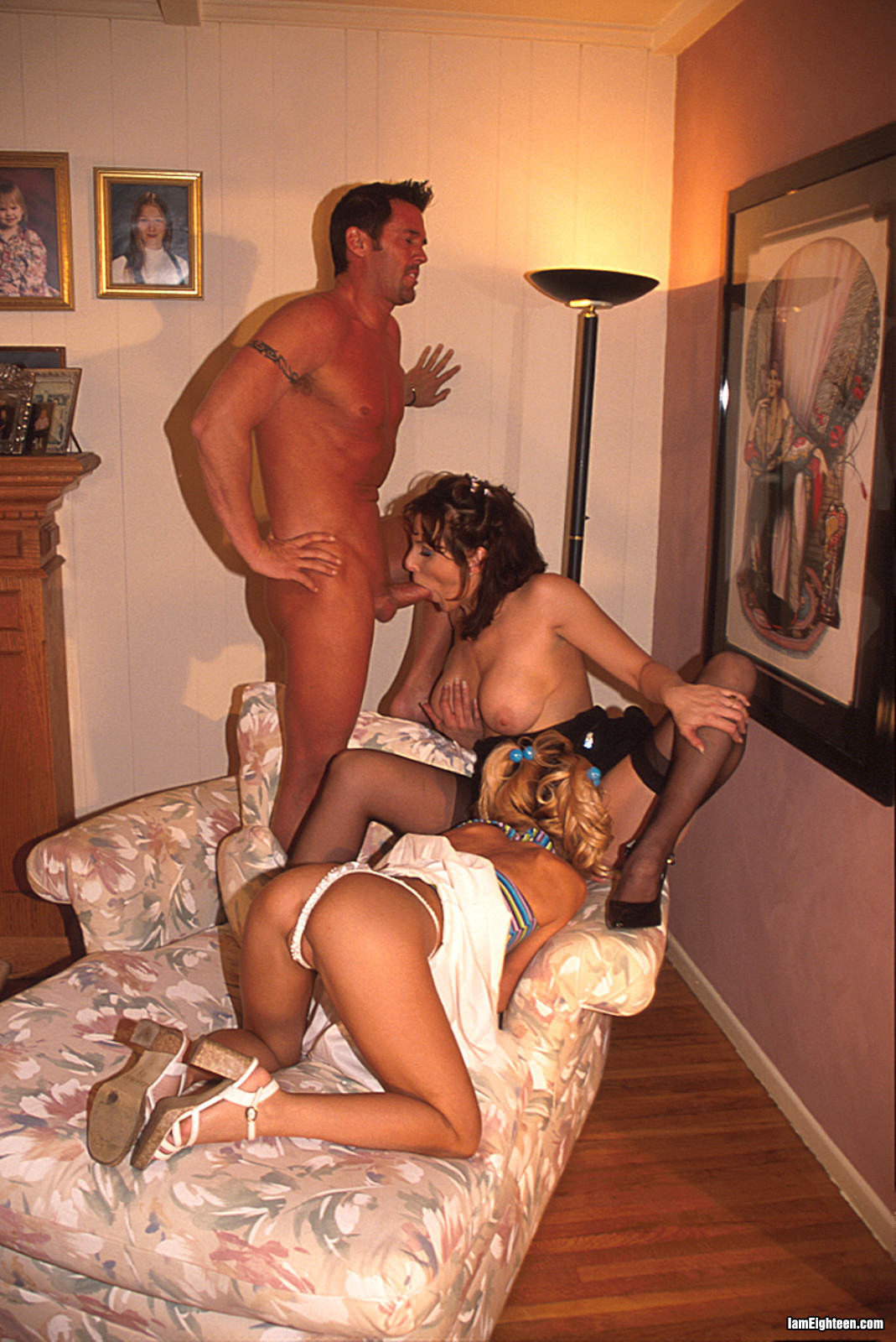 Смотреть порно ролики в ролях allysin chaynes 15 фотография