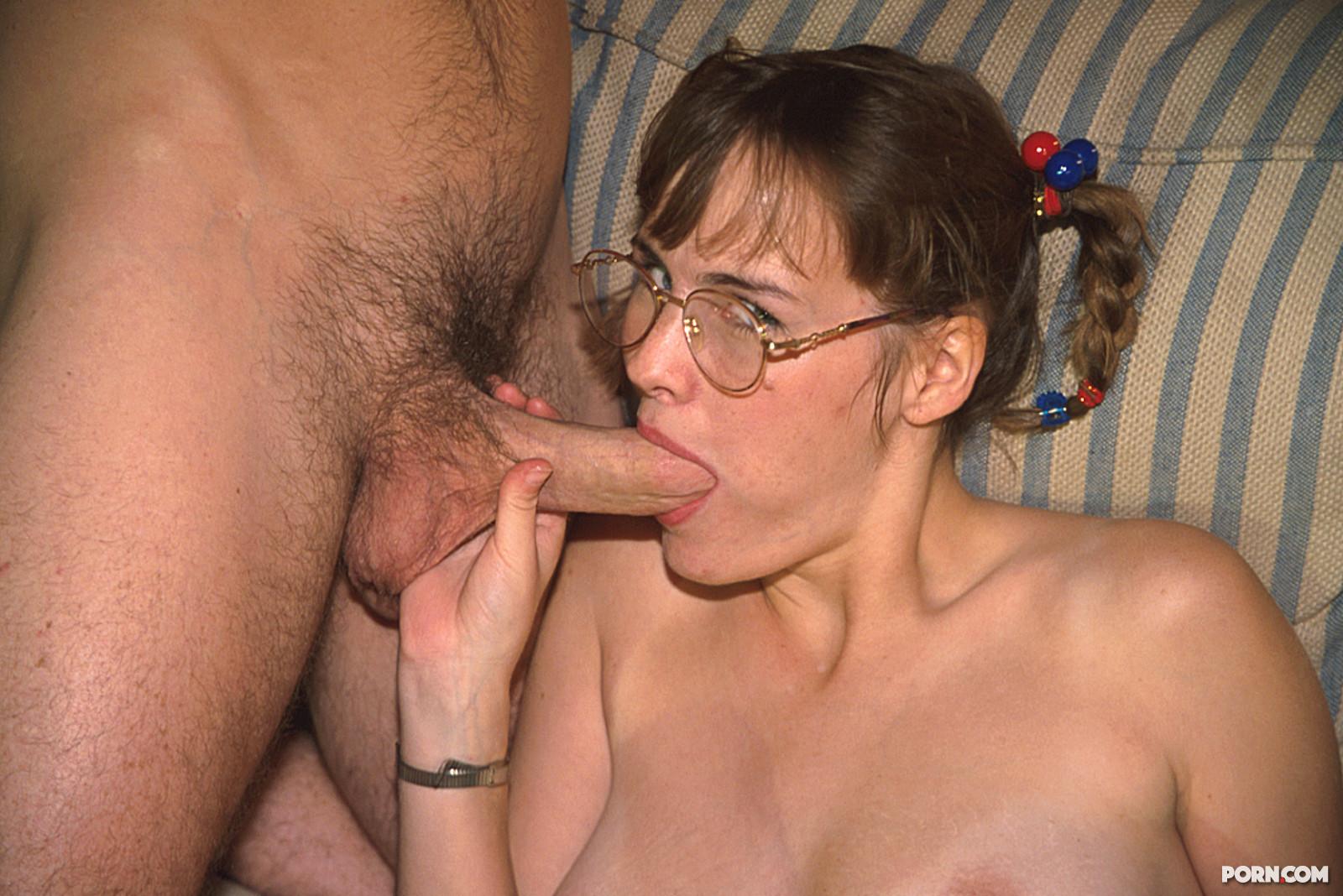 Смотреть секс молодая ученица и взрослый мужик 23 фотография