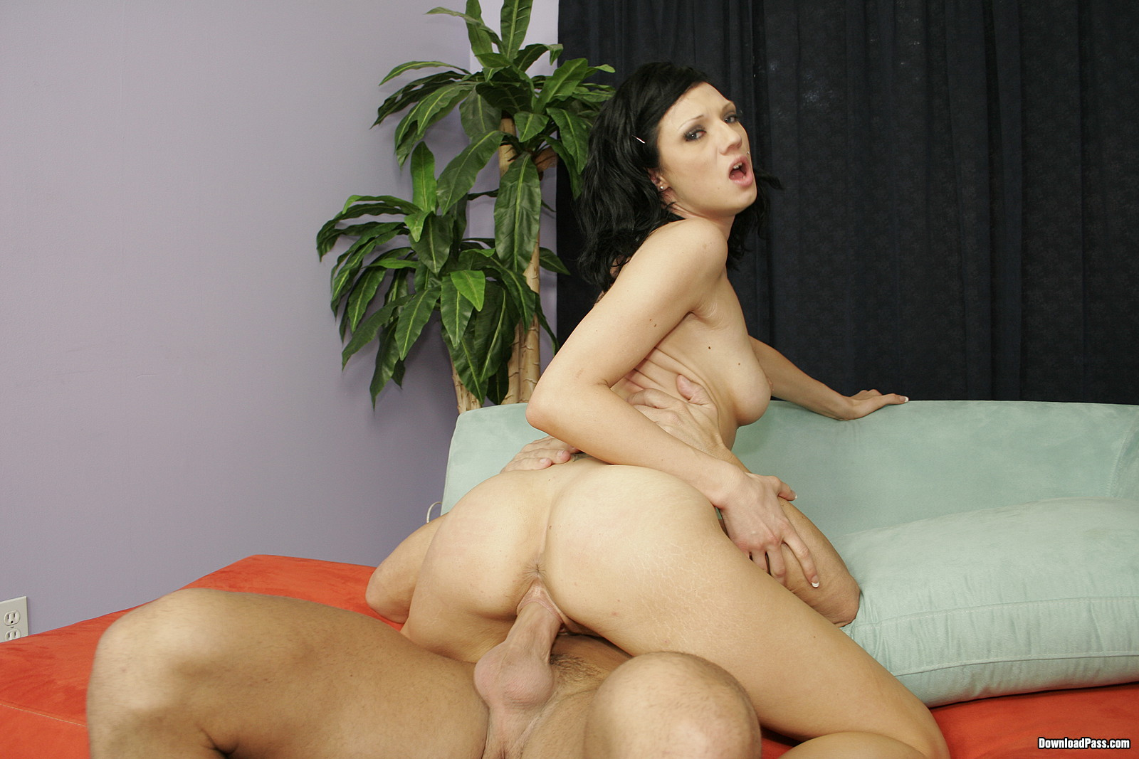 pornofilmi-s-ava-rouz-smotret