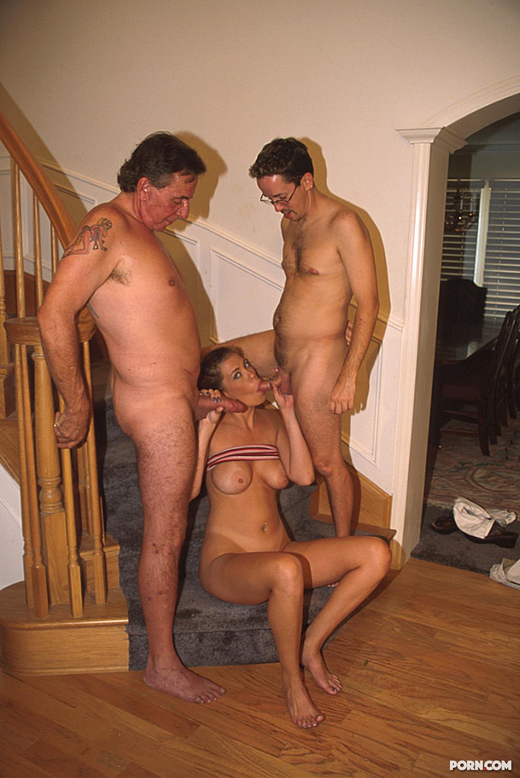 Трахнул соседку с большими грудями 9 фотография