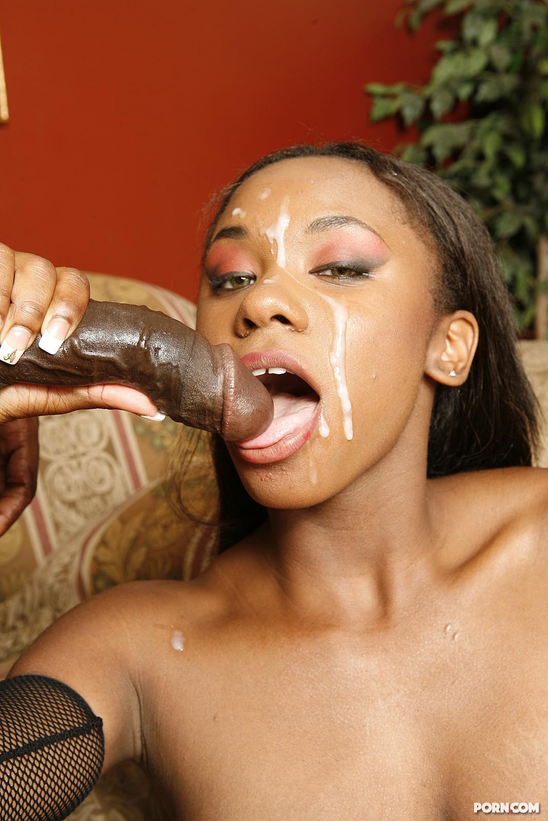 Чернокожую девушку в попу 14 фотография